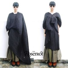ISSEY MIYAKE PLEATS PLEASE Madame-T Extra Large Shawl - Can be worn many ways