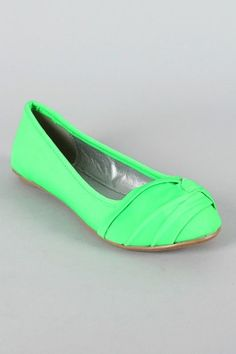 would wear these anyday, but i dont hav anything to wear them :C
