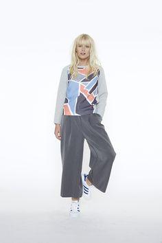 Le sweat 3Suisses Collection. Un essentiel du dressing féminin au print géométrique ultra-tendance !
