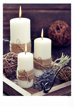 35 Festive Christmas Candle Centerpiece Ideas - Christmas Celebration - All about Christmas Ever wondered why our candle decor addiction isn't going anywhere even in this Century where many energy sources are available to lit up our [. Simple Christmas, All Things Christmas, Christmas Home, Christmas Crafts, Christmas Ideas, Winter Christmas, Navidad Simple, Navidad Diy, Christmas Candle Decorations