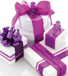 Google Image Result for http://www.styleathome.com/img/photos/biz/Style%2520at%2520Home/holiday-wrapping-purple.jpg