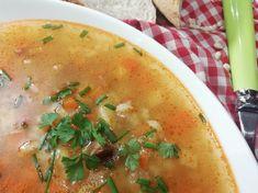 Poctivá hŕstková polievka, overené recepty Thai Red Curry, Cantaloupe, Fruit, Ethnic Recipes, Food, Essen, Meals, Yemek, Eten