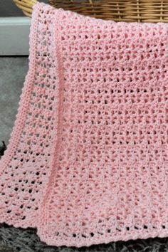 Katie Baby Blanket Free Crochet Pattern - Two Brothers Blankets - - The Katie Baby Blanket free crochet pattern is light and dainty! This blanket makes the perfect gift for a new mom and baby! Afghan Patterns, Baby Patterns, Doll Patterns, Crochet Bebe, Free Crochet, Kids Crochet, Crochet Ideas, Crochet Baby Blanket Free Pattern, Crochet Blankets