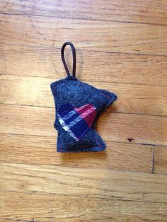 Minne Love Holiday Ornament by mplsmomma on Etsy