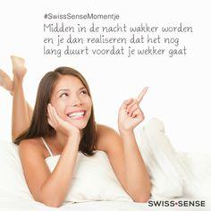 #SwissSenseMomentje 1. Midden in de nacht wakker worden en je dan realiseren dat het nog lang duurt voordat je wekker gaat | SwissSense.nl