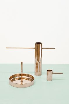 mieke Meijer - Touchables, 2011 Tableware based on the anti-bacterial properties of the material bronze. Heavy Metal, Collections D'objets, Design Fields, Copper And Brass, Metal Crafts, Decorative Objects, Industrial Design, Home Accessories, Copper Accessories