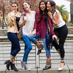 4 Ways to Embellish Your Jeans With Studs + Leather Diy Fashion, Teen Fashion, Fashion Design, Fashion Tips, Embellished Jeans, Embroidered Jeans, Studded Jeans, Studded Leather, Painted Jeans