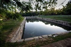 Roma havuzu/Bor/Niğde/// Antik mermerden yapılı olan havuz, Roma mermer sanatının 23x66x2,5 m.boyutlarında olup çağının önemli örnek eserlerindendir.