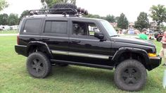 Jeep Commander XK on big lift and 35 inch tires on Vimeo Jeep Cherokee For Sale, 2005 Jeep Grand Cherokee, Jeep Commander Lifted, Command And Conquer, Custom Jeep, Jeep Pickup, Jeep Accessories
