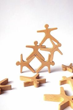 Stacking and balancing game Acrobats  This game trains patience and fine motor skills. Figures designed to be stacked one on top of the other in a pyramid defying gravity. Each figure - ACROBAT is 3.15 x 3.15 x 0.6 (8 x 8 x 1,5cm).  Made from natural, high quality black alder wood. Wood is completely natural and untreated. The toys are sanded satin smooth. This product meets basic EU legal toy safety requirements.  100% handmade  Comes in a cotton storage bag packed in a box.  Appropriate…