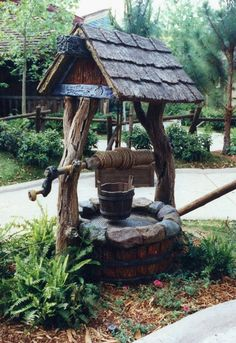 It's with great pleasure that I introduce today in my Imagineers articles series Don Carson. Don Carson initially trained as a commercial. Outdoor Projects, Garden Projects, Outdoor Decor, Wishing Well Garden, Diy Bird Feeder, Garden Fountains, Wall Fountains, Water Well, Garden Structures