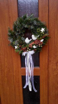 Advent Wreath, Diy Wreath, Grapevine Wreath, Handmade Christmas Decorations, Christmas Wreaths, Christmas Ornaments, Christmas Inspiration, Christmas And New Year, Holidays And Events