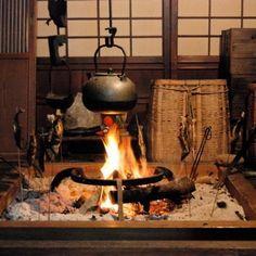 30 Luxury Japanese Kitchen Style Decoration Ideas For You Japanese Style House, Japanese Home Decor, Asian Kitchen, Japanese Kitchen, Irori, Japanese Interior Design, Art Japonais, Japanese Architecture, Kitchen Styling