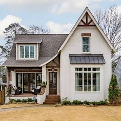 This cottage home exudes perfect curb appeal! This cottage home exudes perfect curb appeal! Style At Home, Modern Farmhouse Exterior, Farmhouse Style, Cottage Farmhouse, Tudor Cottage, Southern Cottage, Rustic Exterior, Exterior Signage, Modern Cottage