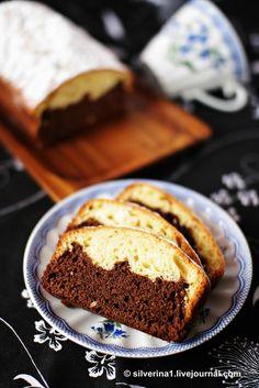 Это мой самый любимый кекс, я пекла его в различных вариациях много-много раз. Он получается вкусный и не затратный ни по ингредиентам, ни по времени. Ингредиенты :… Banana Bread, Diet Recipes, Deserts, Food And Drink, Baking, Sweet, Pound Cakes, Russia, Kuchen