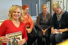 Marianne Jansson diskuterade hur elevernas självkänsla kan stärkas och hur viktigt det är att de lär sig visa sina medmänniskor respekt med Jasna Mulic, Anna Larsson och Marie Uvesten.