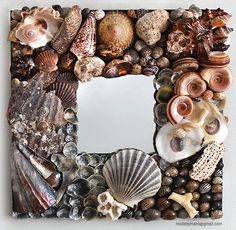 Seashell mirror reflects the rugged Atlantic coast of France - QUIBERON Seashell Frame, Seashell Crafts, Mosaic Projects, Projects To Try, Shell Mirrors, Yarn Bombing, Shell Art, Corals, Sailors