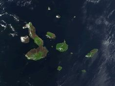 File:Galapagos-satellite-2002.jpg