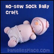 No-sew Sock Craft for Kids www.daniellesplace.com (ME: maybe I used the wrong kind of socks? Dunno, but mine looked weird and lumpy instead of cute like the pic!)