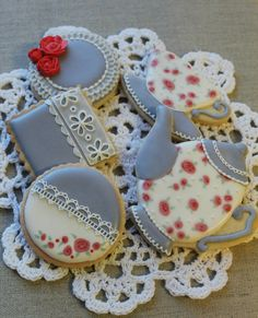 Tea Set Cookies - For all your cake decorating supplies, please visit craftcompany.co.uk