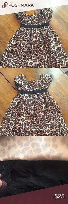 Gap Leopard print dress Very pretty and light weight dress. Lace undone a little on bottom but can be easily hemmed. 100% polyester Gap Kids Dresses