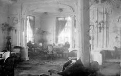 This photo of the 2nd class lounge was taken by passenger Frank Browne