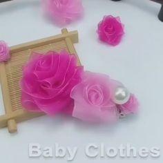 Paper Flowers Craft, Flower Crafts, Diy Flowers, Fabric Flowers, Fabric Flower Headbands, Nylon Flowers, Shabby Chic Flowers, Cloth Flowers, Baby Headbands