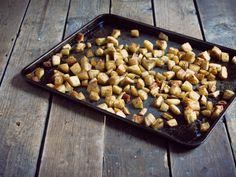 Cubes de panais rôtis Four, Cubes, Beans, Vegetables, Kitchen, Cinnamon, Pepper Mills, Salad, Recipe