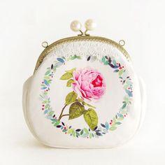 FRESH ROSETTE/FLOWER Girls Handmade Clutch Wallet Kisslock Bag Metal Frame Change Purse with Pearl Beads Garland Wreath Pattern