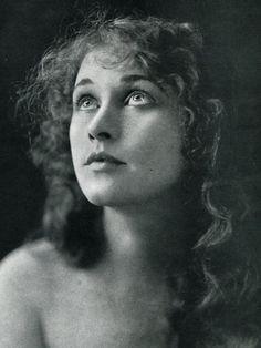 Anna Q. Nilsson, Photoplay Magazine, June 1916  Silent film actress
