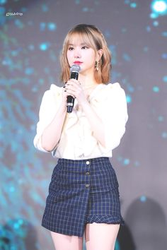 Photo album containing 15 pictures of Eunha South Korean Girls, Korean Girl Groups, Inauguration Ceremony, Jung Eun Bi, G Friend, Stage Outfits, Asian Girl, Pin Up, Mini Skirts