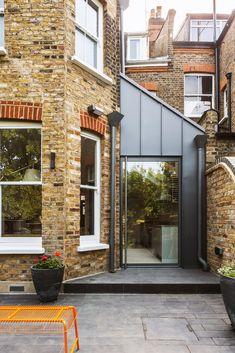 Porch Extension, House Extension Design, Glass Extension, House Design, Extension Ideas, Side Extension, Victorian Terrace House, Victorian Homes, Terrace House Exterior