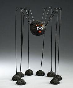Seven simple spider crafts for Halloween decorating | Crafts 'n Coffee