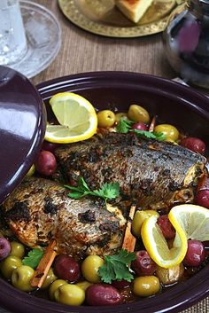 Bream Tajine with Chermoula Fish Recipes, Seafood Recipes, Gourmet Recipes, Healthy Recipes, Nordic Recipe, Middle East Food, Algerian Recipes, Tagine Recipes, Ramadan Recipes
