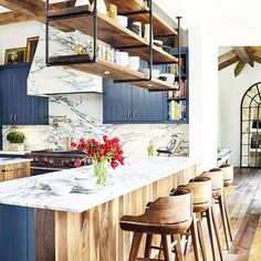 15 Times A Painted Kitchen Cabinet Changed Everything - 15 Times Painted Kitchen…