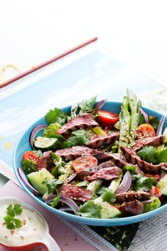Keto Asian Beef Salad with Ginger and Sesame — Recipe — Diet Doctor – ketogen Sesame Recipes, Beef Recipes, Salad Recipes, Ketogenic Diet Meal Plan, Keto Meal Plan, Ketogenic Recipes, Asian Beef Salad Recipe, Grilled Tuna, Comida Keto