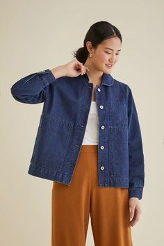 Amour Vert is a sustainable fashion brand that makes classic staples like striped t-shirts in classic colors like navy, white, black, heather gray and more. Look Fashion, Fashion Brand, India Fashion, Mode Outfits, Fashion Outfits, Skirt Outfits, Modest Fashion, Outerwear Jackets, Denim Jackets