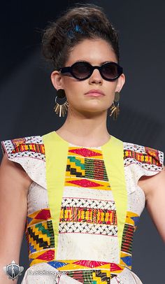 Runway Review: Tina Kalivas at the 2010 L'Oreal Melbourne Fashion Festival (LMFF)