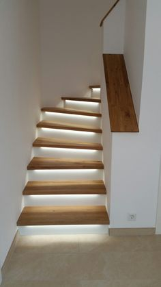 LED staircase Wooden staircase with lighting- LED Treppe Holztreppe mit Beleuchtung # Lighting - Wooden Staircases, Wooden Stairs, Modern Staircase, Stairways, Staircase Ideas, Home Stairs Design, Home Interior Design, House Design, Stair Design