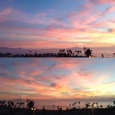 By aledonut: The sky looks like cotton candy #landscape #sunset #photo #photooftheday #byebye #landscape #contratahotel