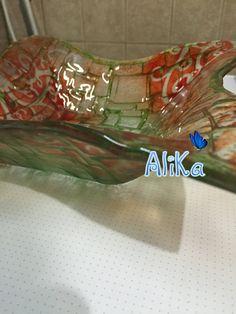 vitrofusion, vitromosaico, polvo de vidrio, stencil. https://www.facebook.com/alika.vidrios/