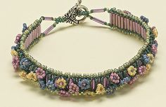 Facet Jewelry Making is your destination for jewelry making from start to finish Beaded Braclets, Seed Bead Bracelets, Seed Bead Jewelry, Resin Jewelry, Jewelry Crafts, Beading Patterns Free, Beaded Jewelry Patterns, Beaded Jewellery, Jewelry Making Tutorials