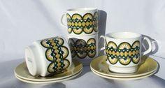 Set 4 Vintage Staffordshire Potteries Retro Kitsch Design