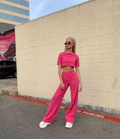 Pink Fashion, Colorful Fashion, Fashion Outfits, Pink Outfits, Colourful Outfits, Simple Outfits, Trendy Outfits, Stage Outfits, Mode Outfits