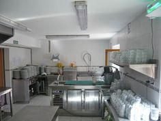 Galería de fotos » Instalaciones - Cocina de la casa de piedra | GMR summercamps