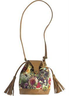 fba6d8c3e 9 melhores imagens de Bolsas | Bags, Candy e Ballroom dress