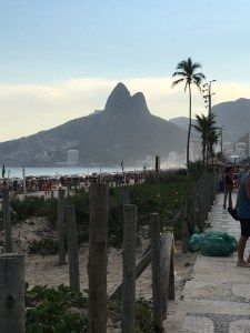 Una escapada a Rio de Janeiro, un mimo para mi por Ceci Baccello - Bolso de Mano - Mujeres que aman viajar | Bolso de Mano - Mujeres que aman viajar Country Roads, Rio De Janeiro, Mime Artist, Elopements, Women