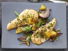 Pfannen-Lachsfilet - smarter - mit roten Zwiebeln und Orangen.   Kalorien: 409 kcal | Zeit: 35 min. #dinner