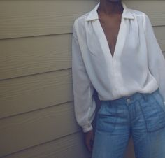 refashion: frumpy blouse to this (augh, I should have bought that one dollar 80's blouse I saw today at the thrift store...)