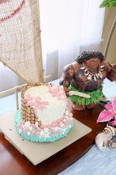 Moana Birthday Party Ideas - Jenny The Voice Moana Birthday Party, 3rd Birthday Parties, 10th Birthday, Birthday Ideas, Moana Party Decorations, Birthday Party Decorations, First Birthdays, Wedding Cakes, Party Ideas